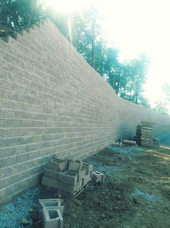 Retaining Walls & Pavers Gallery 1
