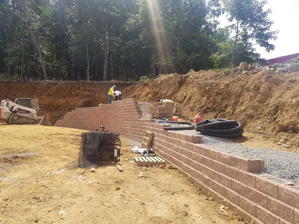 Retaining Walls & Pavers Gallery 12