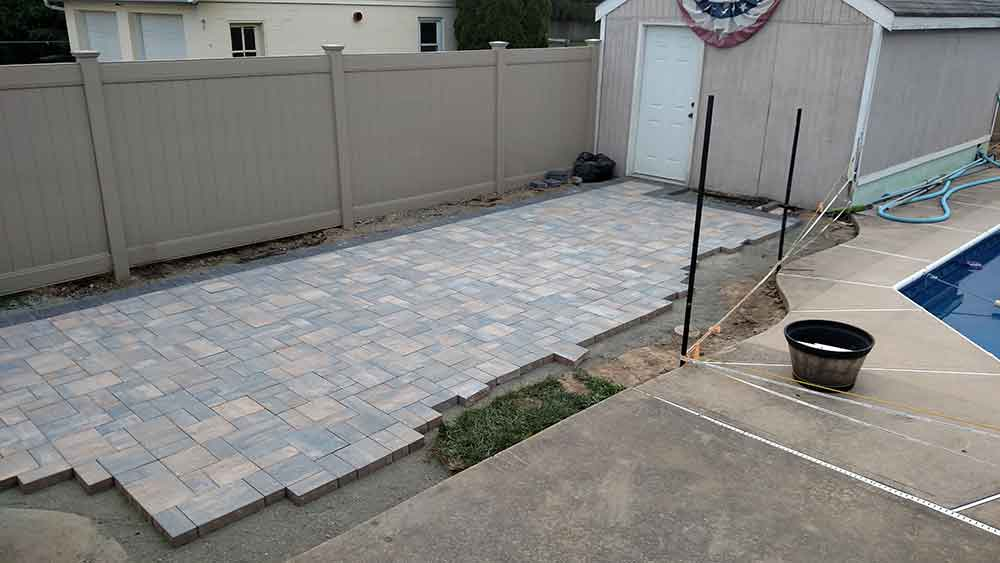 Retaining Walls & Pavers Gallery 2