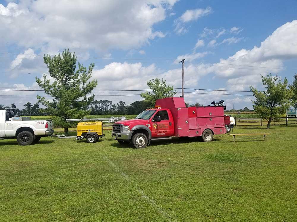 rs-land-turf-maintenance-truck